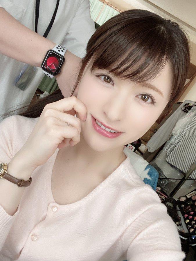 【琴井しほりエロ画像】極細くびれスレンダーボディ美女・琴井しほり!
