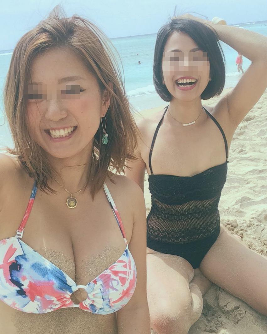 【水着エロ画像】ポロリ事故が待たれているビーチのビキニ巨乳ギャルたち!