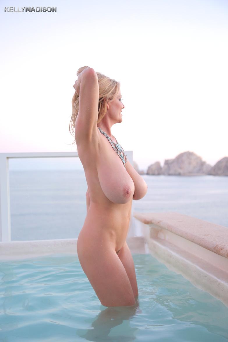 【海外エロ画像】可能ならば深い関係になりたいブロンド美女の絶品裸体!