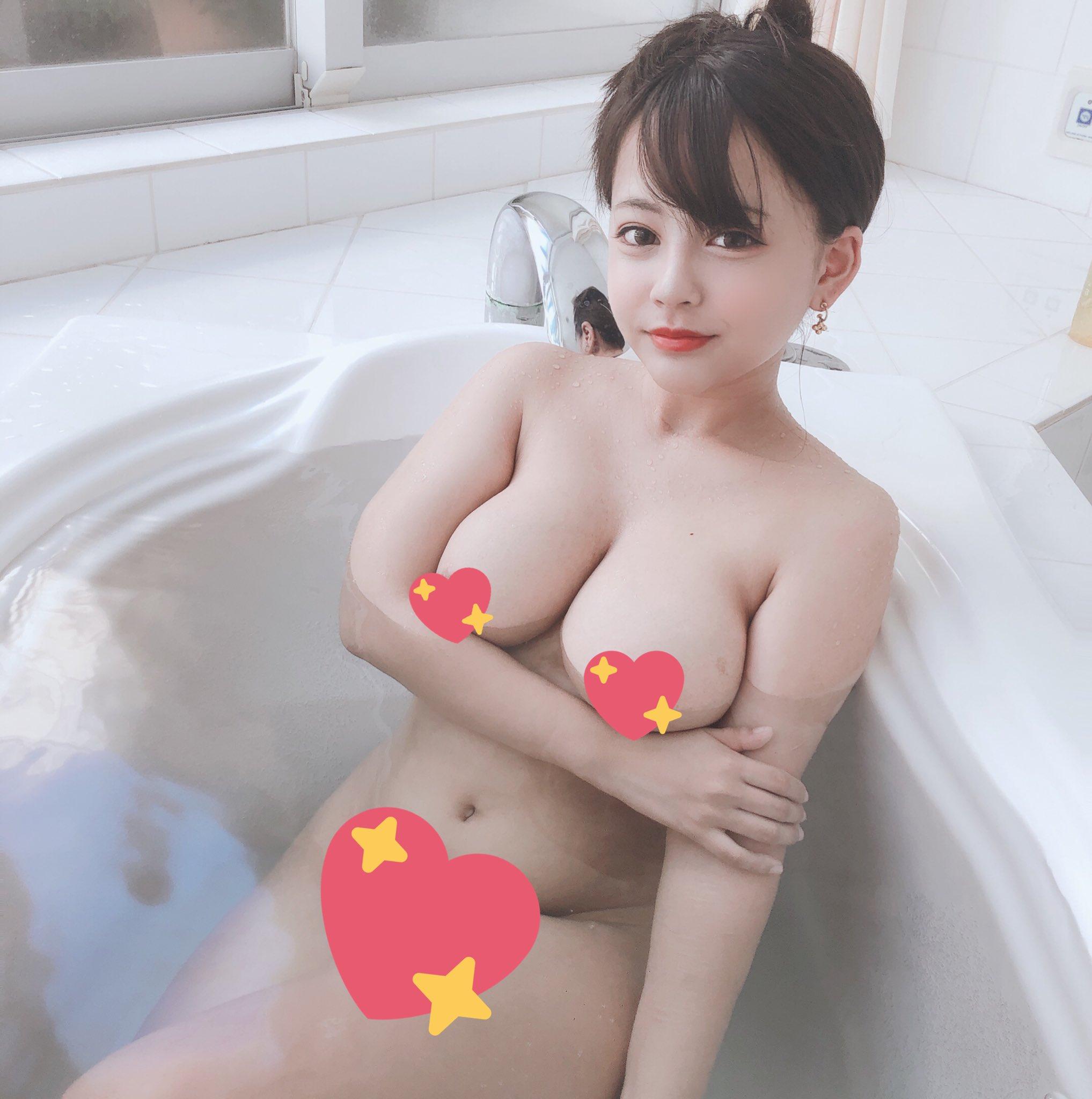 【夕美しおんエロ画像】ミニマムなのにデカパイ&デカ尻なムチムチ娘・夕美しおん!