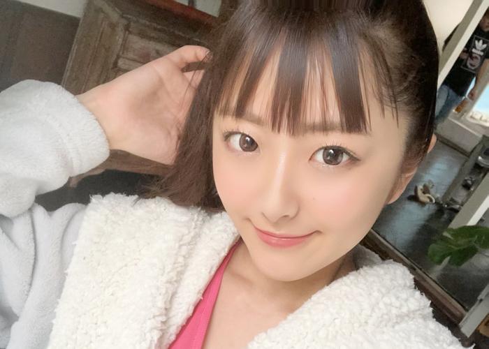 【青空ひかりエロ画像】眩しい笑顔と美乳が素敵な期待の美少女・青空ひかり!