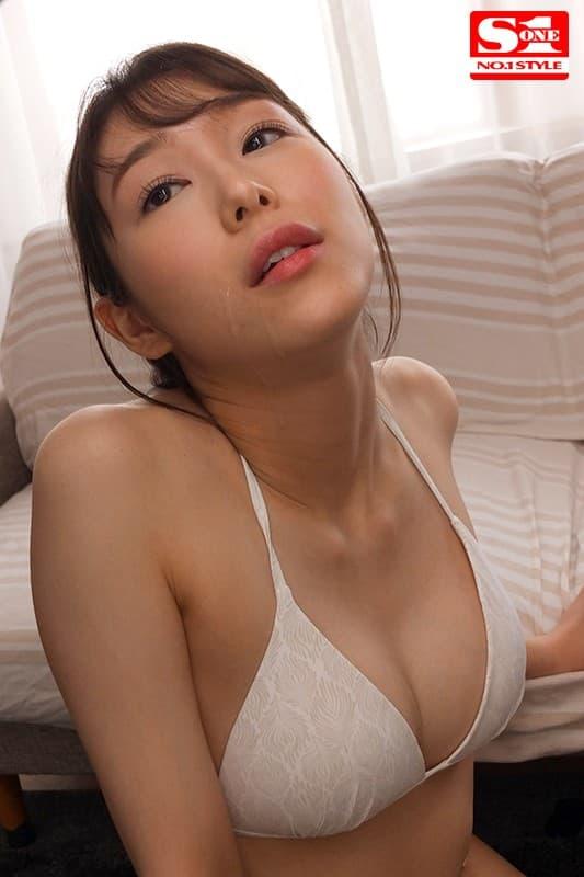【新名あみんエロ画像】AV知る前から才能持ってたスリム美乳娘・新名あみん!
