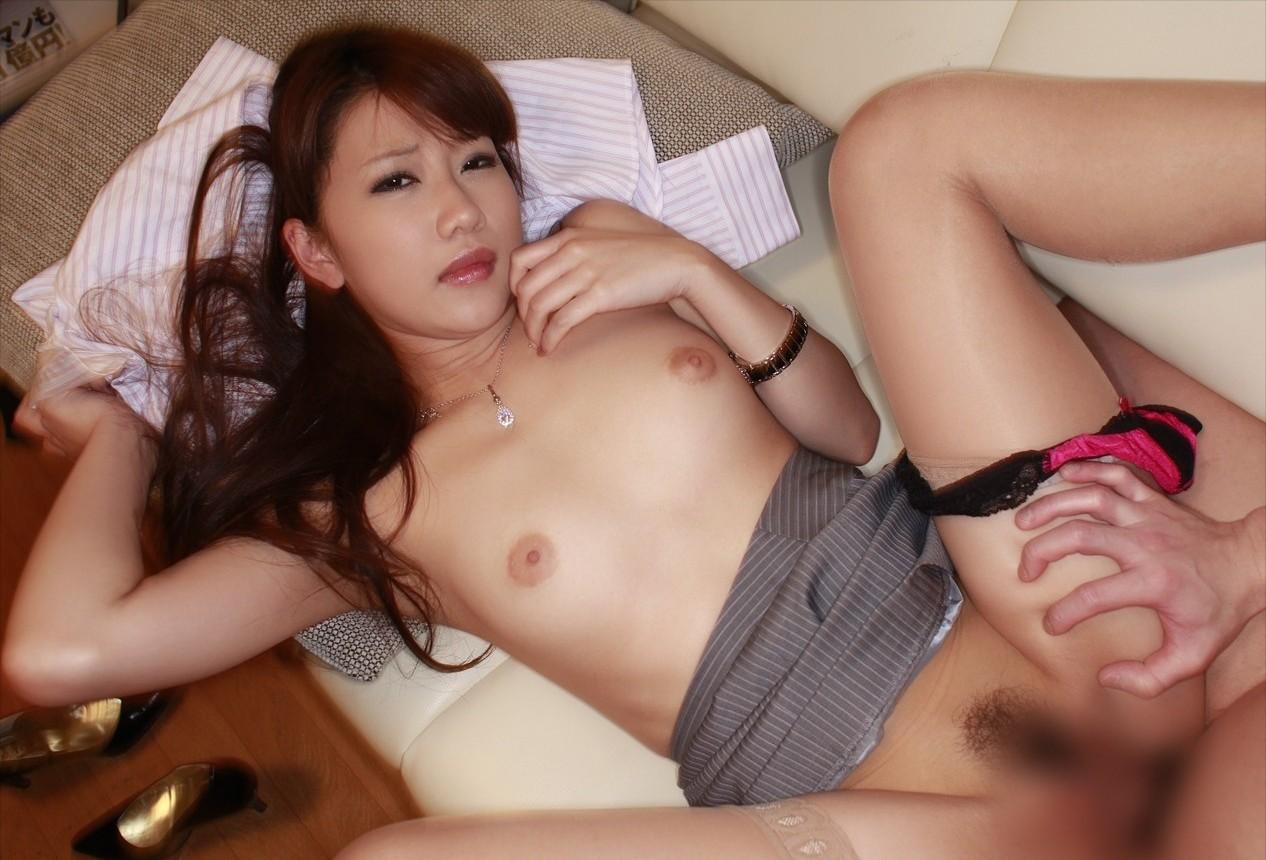 【性交エロ画像】セックスの基本体位だから無碍にはできない正常位!