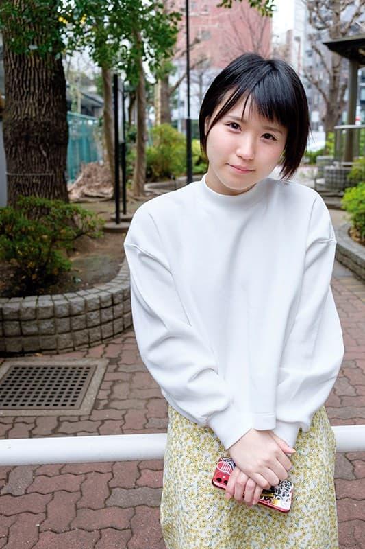 【水沢つぐみエロ画像】1万人とヤリたい!?野望が大きい美少女・水沢つぐみ!