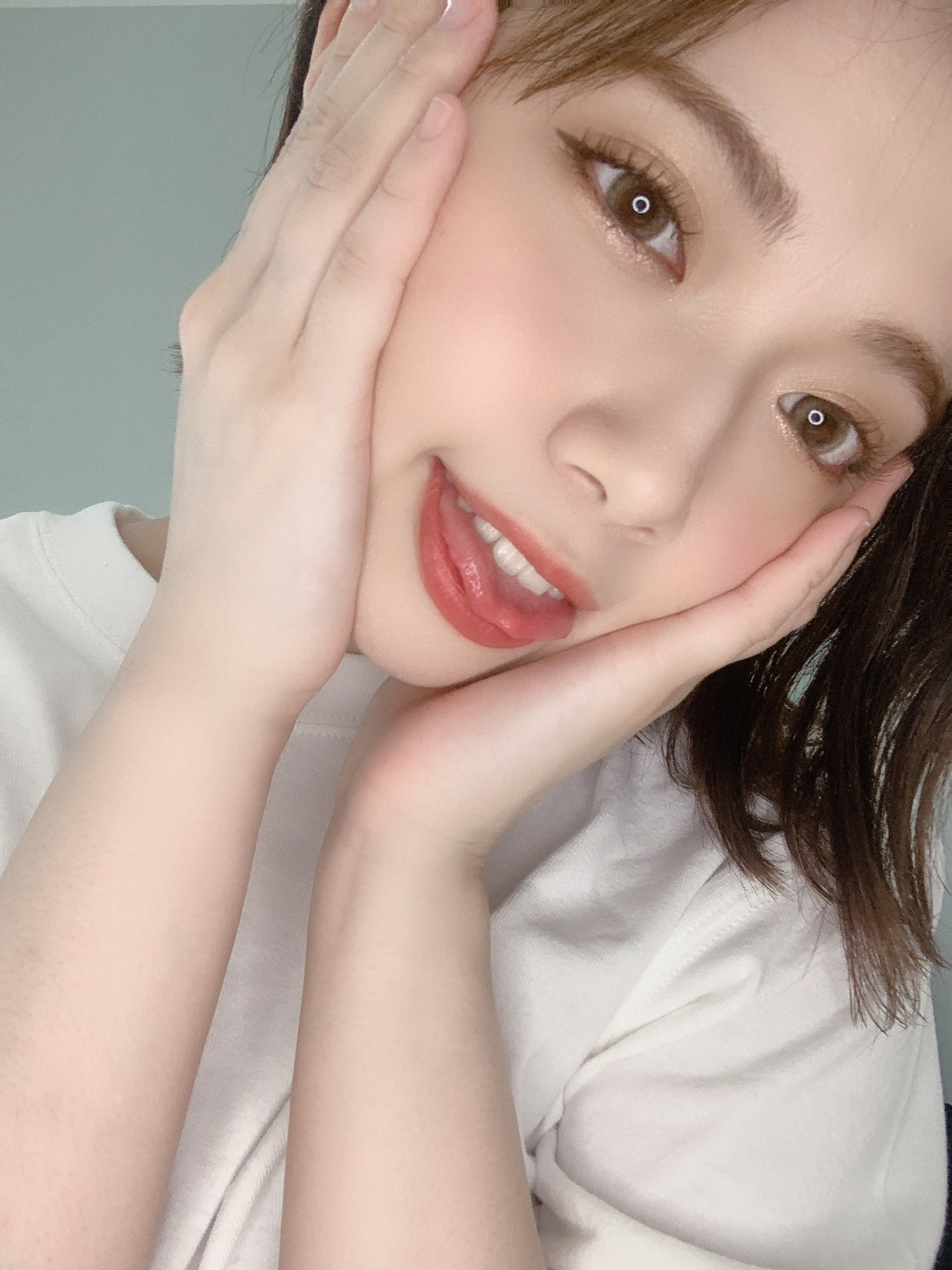 【石原希望エロ画像】フェラは玉まで舐める派!笑顔が素敵な美少女・石原希望