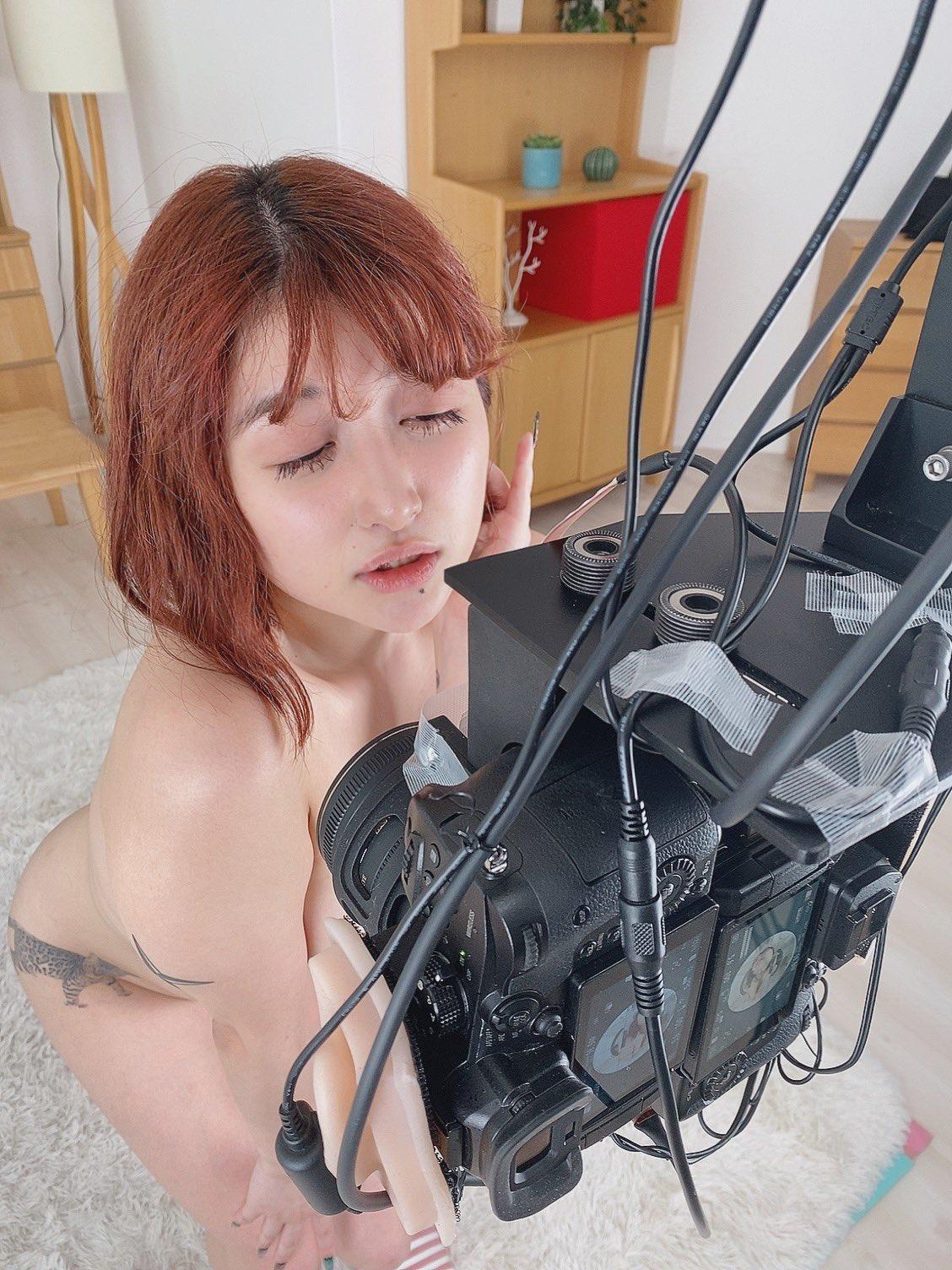 【うららか麗エロ画像】乳首ピアスがトレードマークな新鋭痴女・うららか麗!