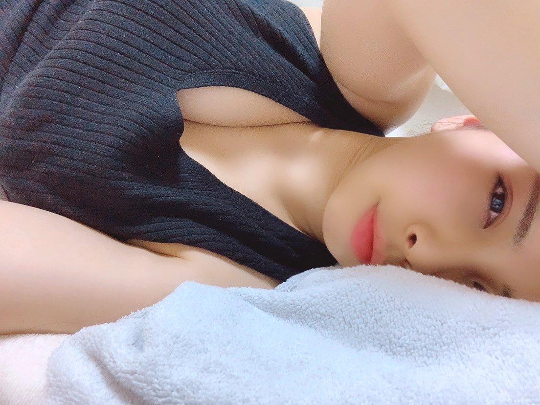 【吉良薫エロ画像】バレーボールで培った長身スーパーボディ・吉良薫!