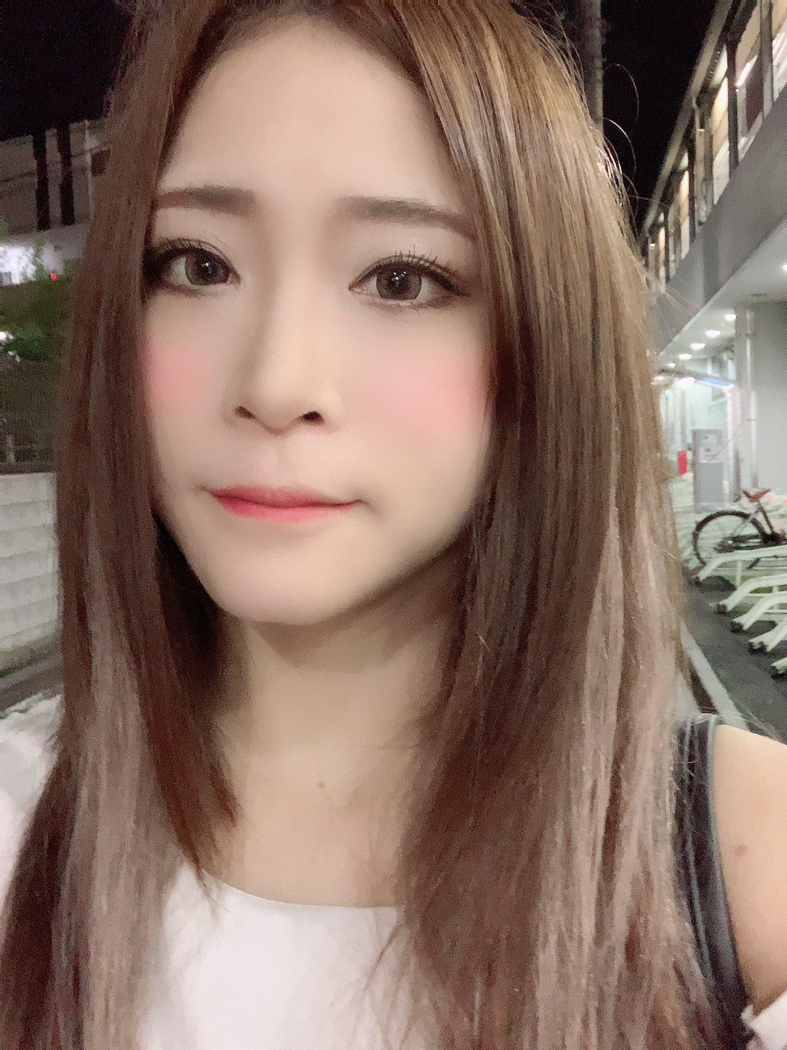 【天希ユリナエロ画像】軟体スキル活かしたオナニーも得意な美女・天希ユリナ!