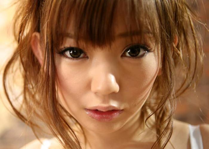 美顔で美乳・上条めぐエロ画像