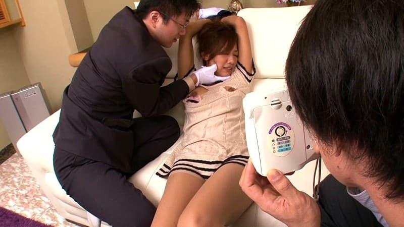 【新城美稀エロ画像】ビキニ姿が見事に似合う健康的ボディ美女・新城美稀!