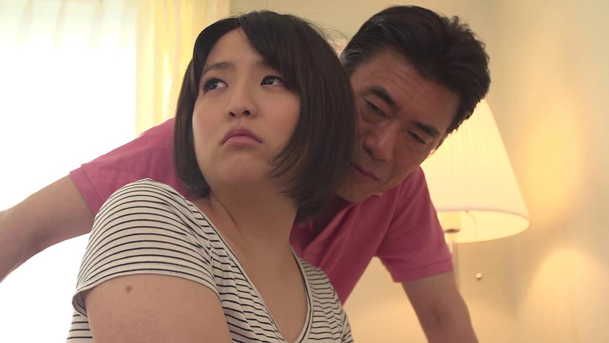 【井上真帆エロ画像】大人の女になりたいFカップ美巨乳のムチムチ美少女・井上真帆!