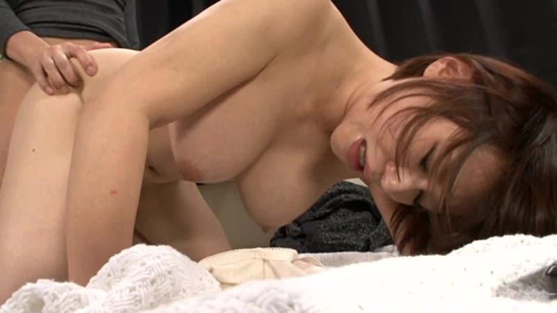 【性交エロ画像】巨尻に対して有効な体位、締まりも段違いな後背位セックス!