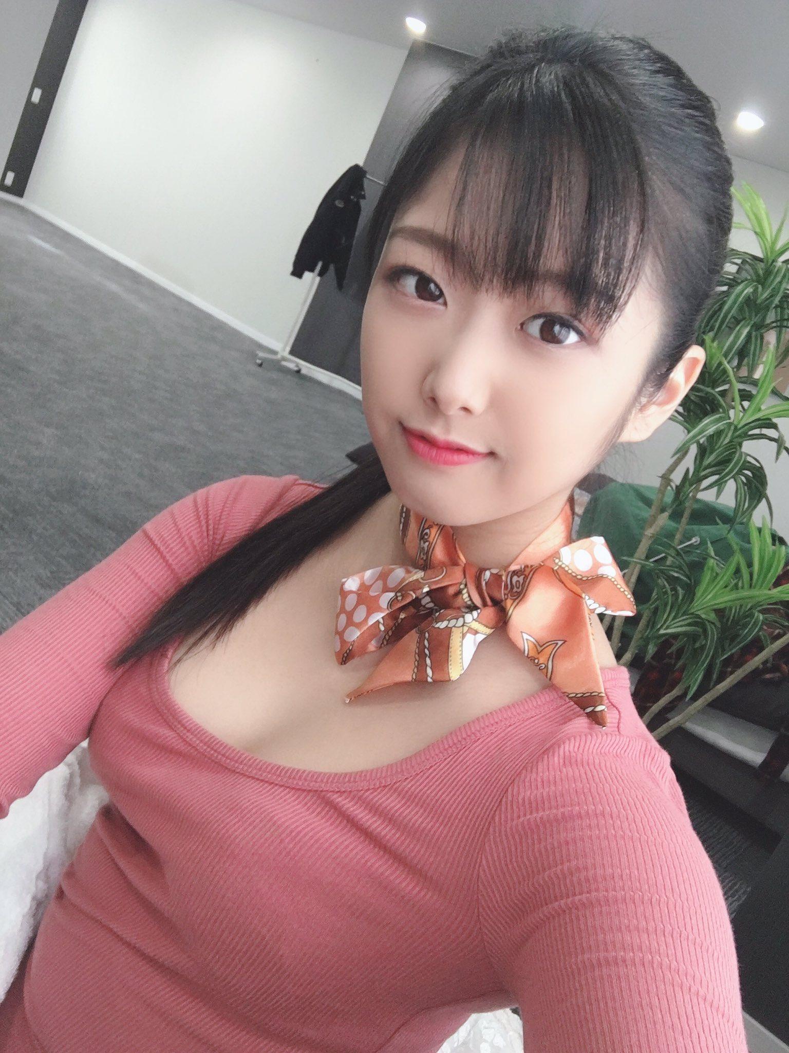 【前乃菜々エロ画像】清純系だがバック大好きな美少女・前乃菜々!