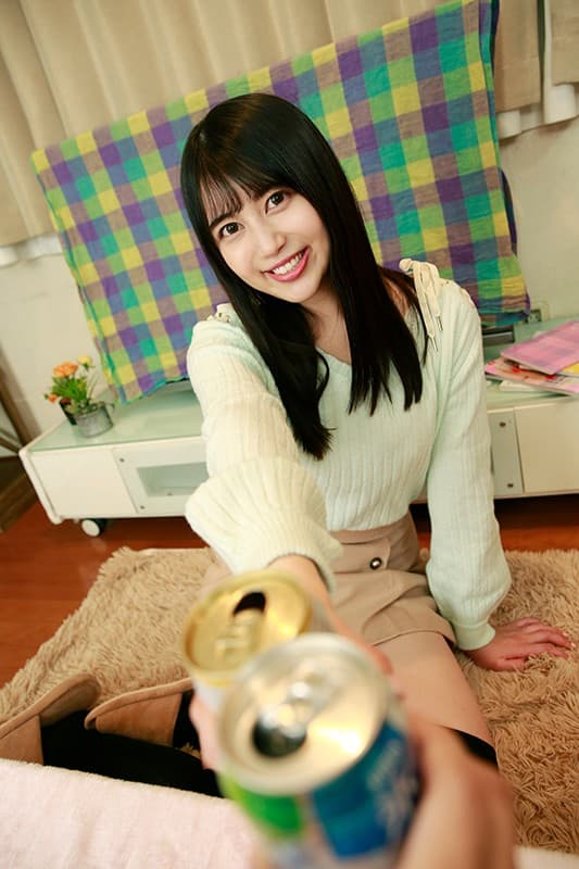 【栗山絵麻エロ画像】奇跡の9.5等身ボディに1mヒップを持つ美女・栗山絵麻!