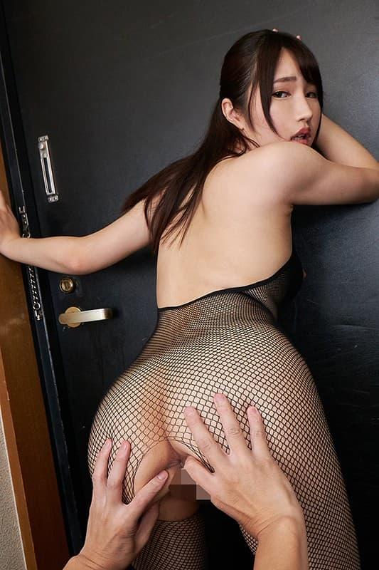 【志恩まこエロ画像】おんまこと呼ばれたい経験豊かな美少女・志恩まこ!