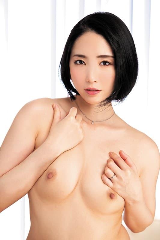【舞原聖エロ画像】浮気されても仕方なさげな絶品ボディ人妻系・舞原聖!