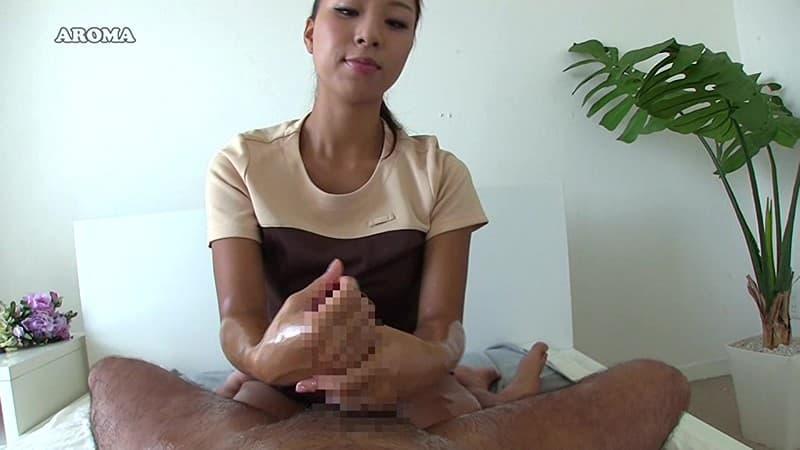 【手コキエロ画像】女子はコレで男根に慣れるべき!基礎の愛撫でもある手コキ!