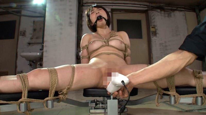 【鈴屋いちごエロ画像】鍛えた軟体ボディが素晴らしすぎる美少女・鈴屋いちご!