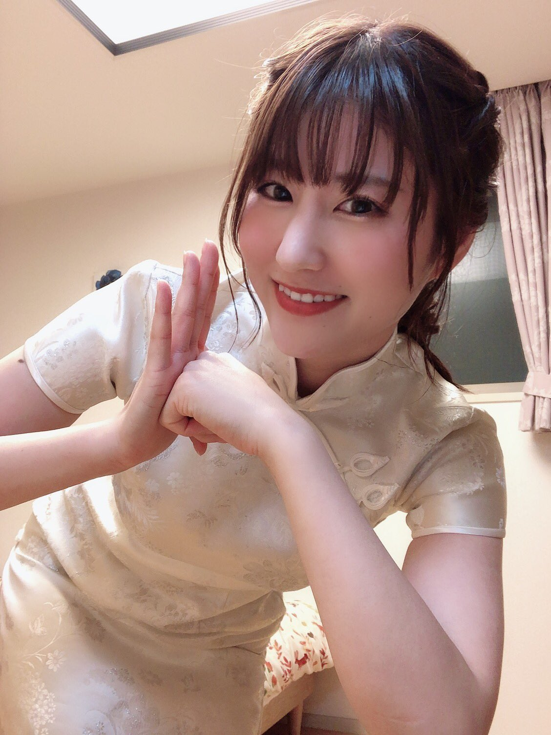 【吉永このみエロ画像】仕事のストレスはアレで発散!現役OL美女・吉永このみ!