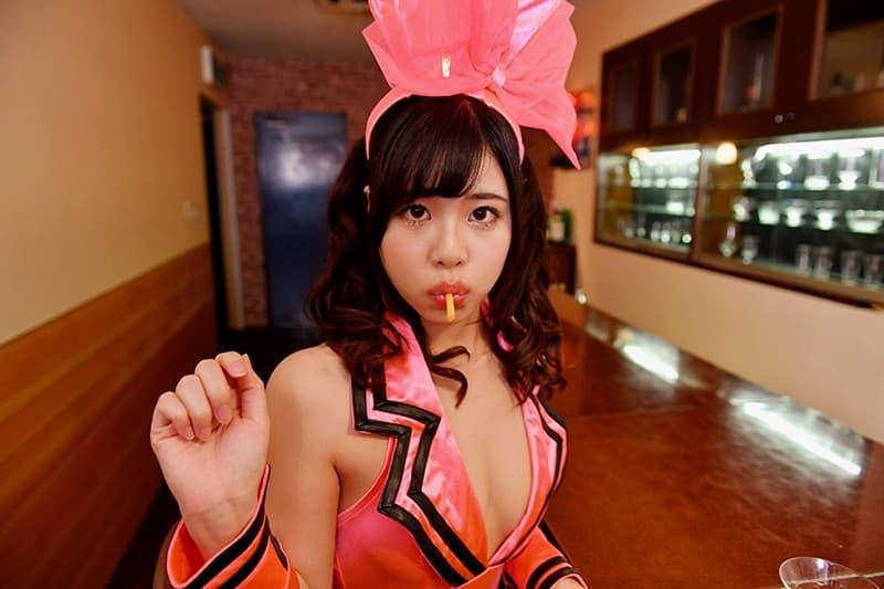 【花宮レイエロ画像】タイトが映える極上美尻の持ち主な美女・花宮レイ!