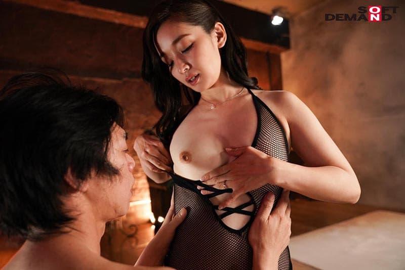 【相馬茜エロ画像】4年レスの不満を遂に爆発させた痴的な美人妻・相馬茜!