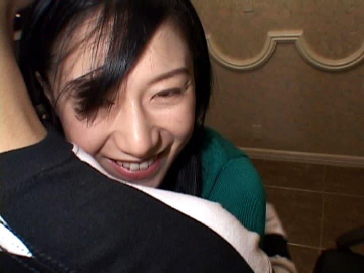 【高井桃エロ画像】謎も多かったスレンダー巨乳ボディの伝説美女・高井桃!