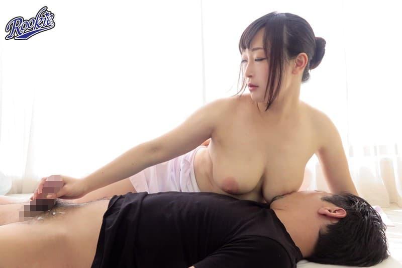 【巨乳エロ画像】現代人に必要な癒やしたっぷりの授乳手コキ!