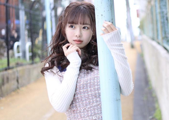 あざとさも可愛さな美少女・栗山莉緒エロ画像