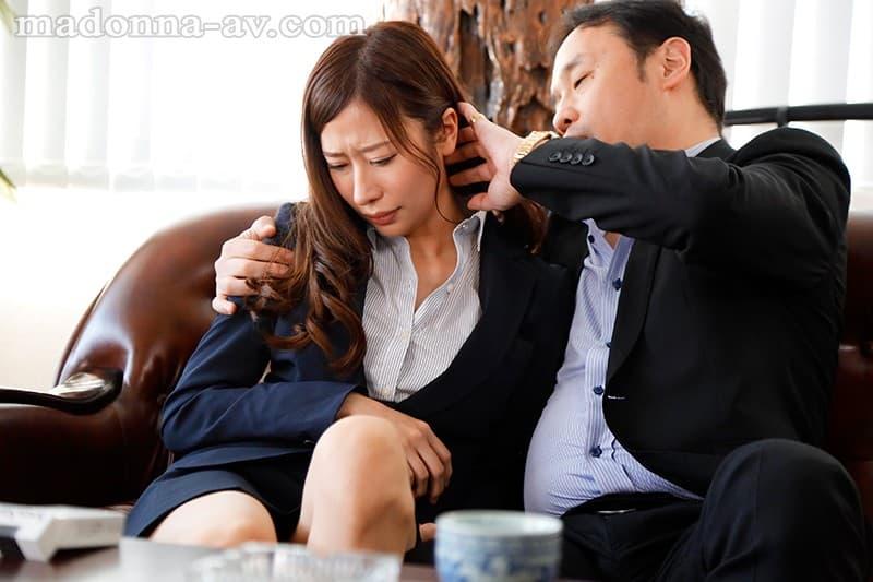 【春明潤エロ画像】プロの性交を味わいたかった元国際線CA・春明潤!