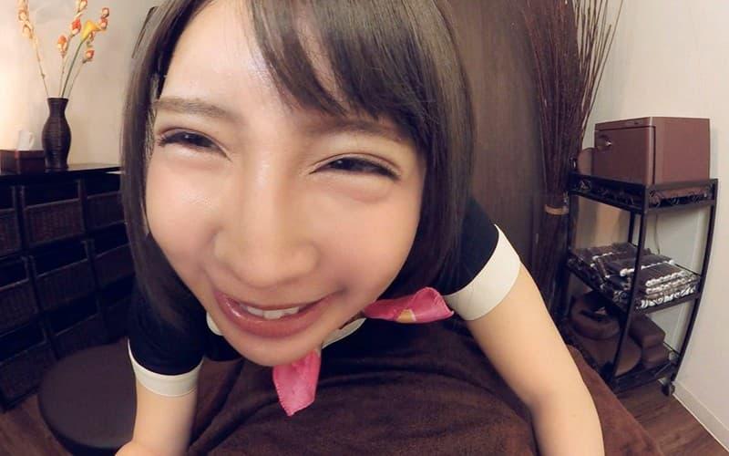 【白咲ゆずエロ画像】メイドカフェ店員していたショートヘア美少女・白咲ゆず!