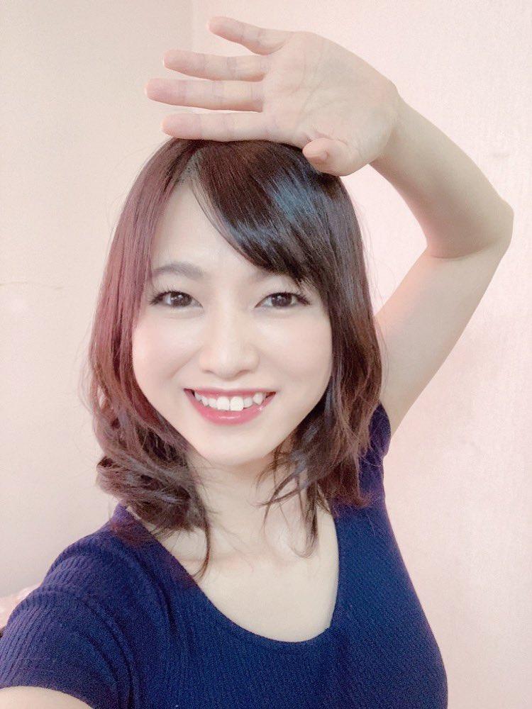 【鈴乃広香エロ画像】デカ乳輪が目を引く元タレントな美人妻・鈴乃広香!