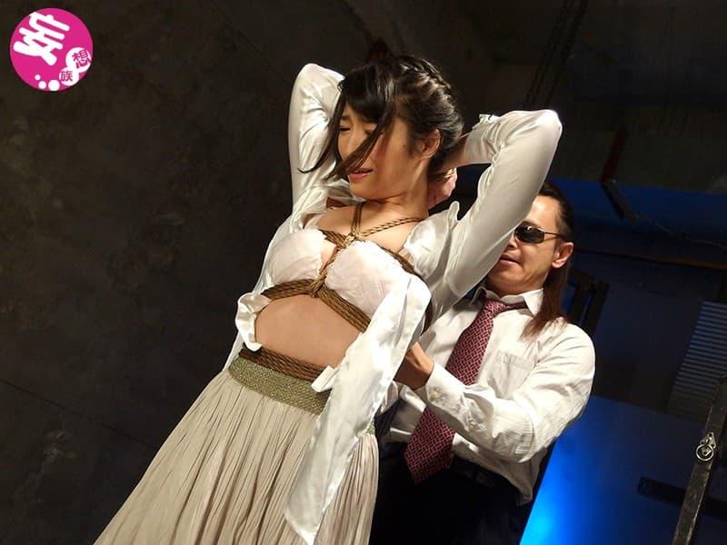 【中里美穂エロ画像】AFとSMがお好きみたいな変態美女・中里美穂!