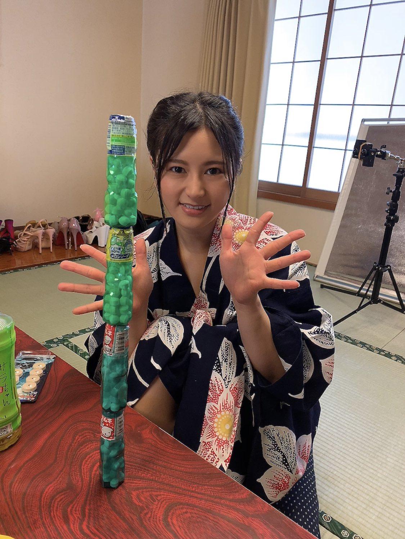 【神木サラエロ画像】101cmのIカップ、たわわな美巨乳持ち美少女・神木サラ!