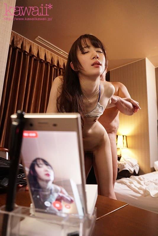 【琴石ゆめるエロ画像】細身で貧乳、だが感度は激しく高い潮吹き美少女・琴石ゆめる!