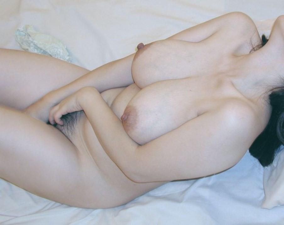 【自慰エロ画像】おかずのイメージもバッチリな美女たちの本気オナニー!