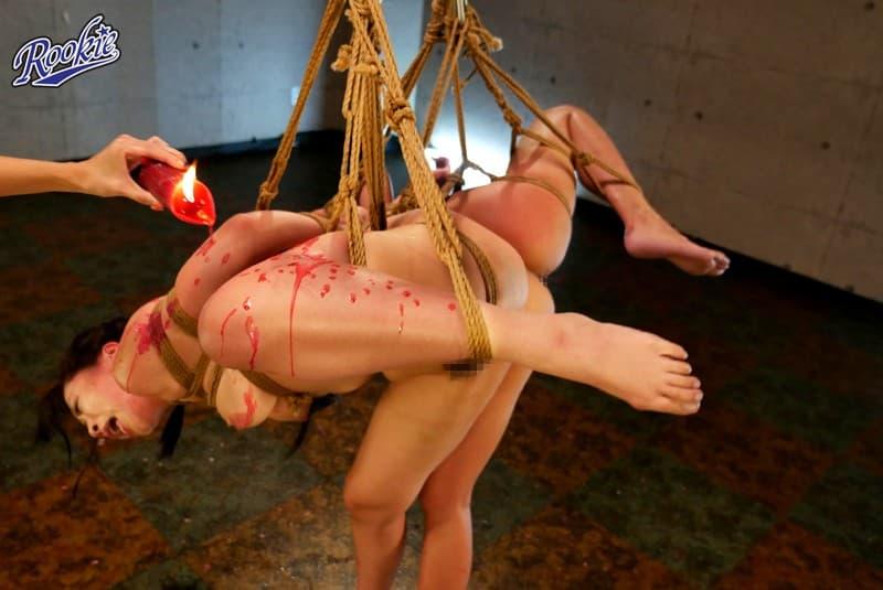 【SMエロ画像】誰だってアツゥイ!熱蝋垂らされて悶える調教中のM女たち