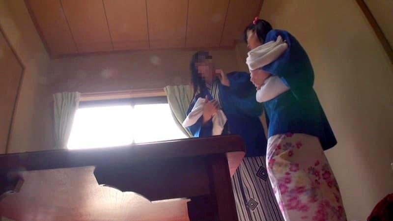 【荻原くるみエロ画像】守ってあげたくなる小柄な貧乳美少女・荻原くるみ!