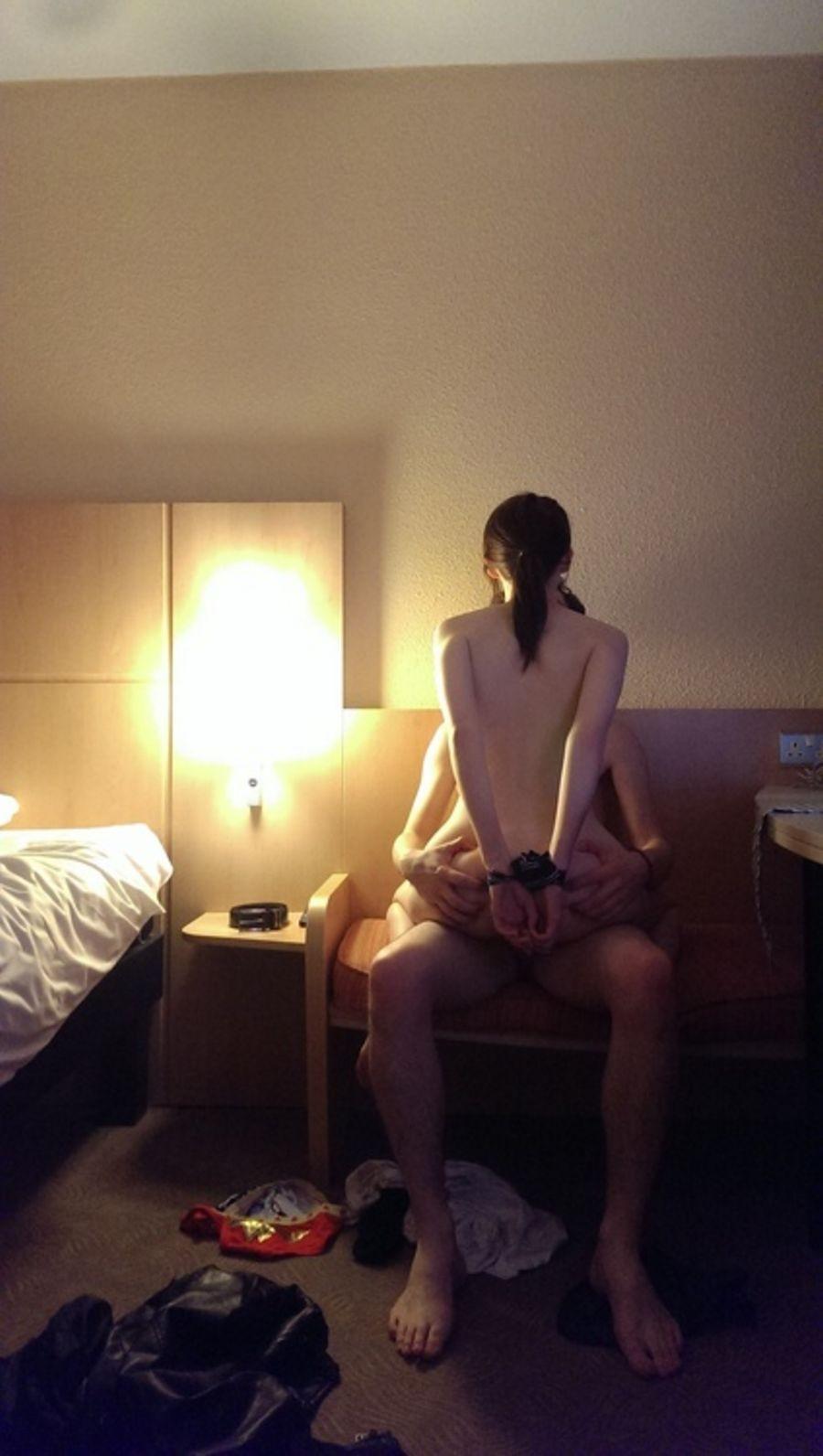 【性交エロ画像】だいしゅきホールドに最適なセックスの体位・対面座位!