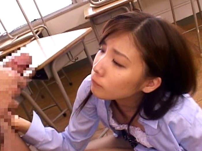 【秋元美由エロ画像】既に伝説クラスの人気を今も残したロリ系AV女優・秋元美由!