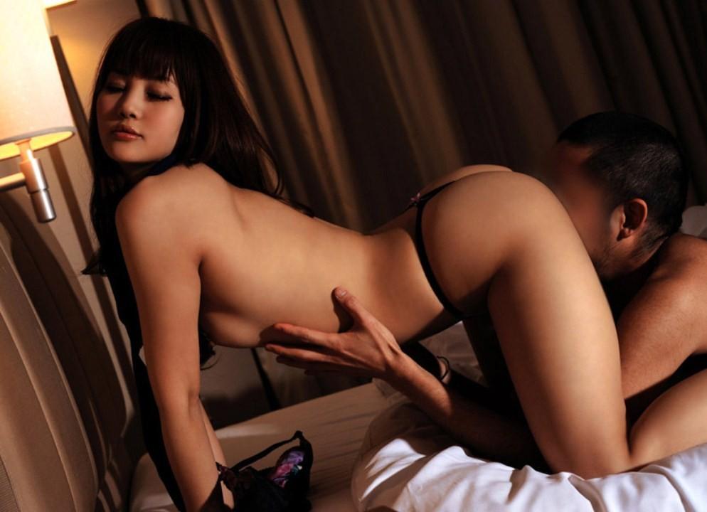 【愛撫エロ画像】溢れる蜜は啜ればいいだけ…舌に気合の入る女性器愛撫・クンニリングス!