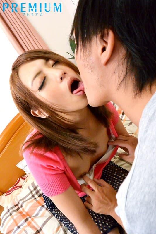 【桜井あゆエロ画像】ドSにもなれる美形なちっぱいお姉さん・桜井あゆ!
