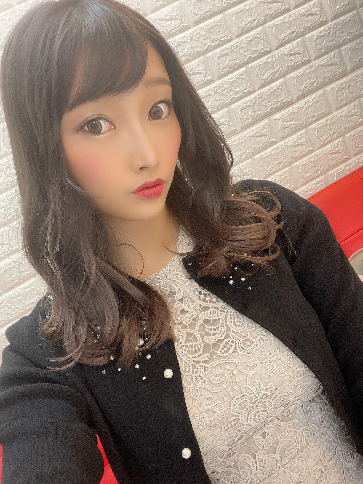 【丹羽すみれエロ画像】公開不倫デビュー!?欲求強すぎ巨乳妻・丹羽すみれ!