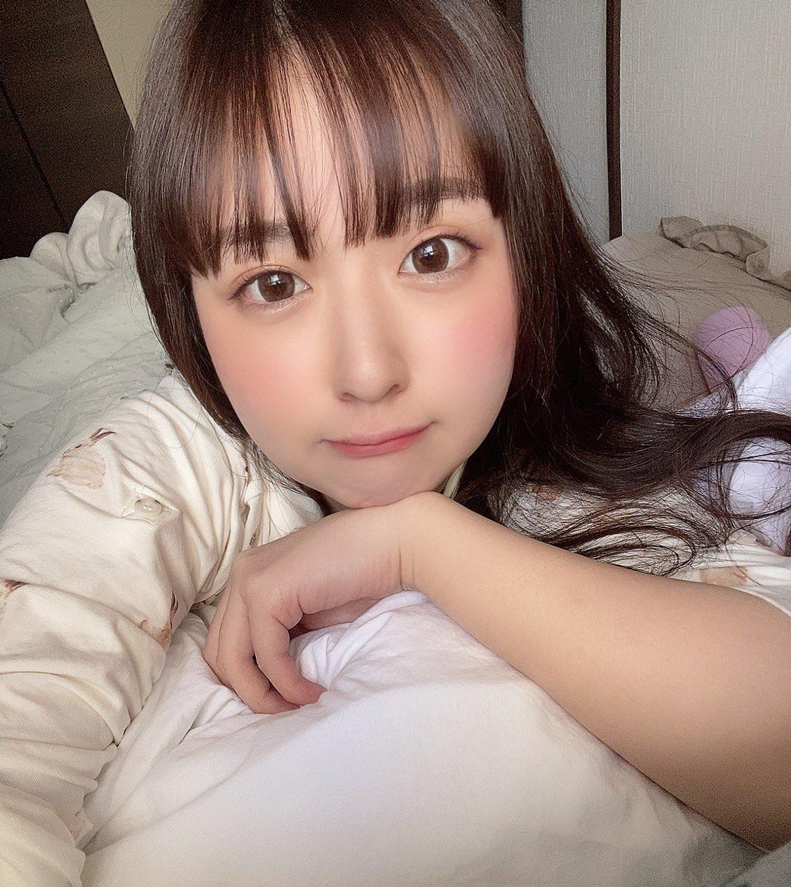 【桃尻かなめエロ画像】美巨乳で下も名前通りな極上スタイル美少女・桃尻かなめ!