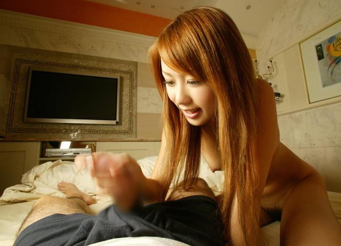 【手コキエロ画像】意外にもエロく見える手コキというプレイのエロ画像www 26