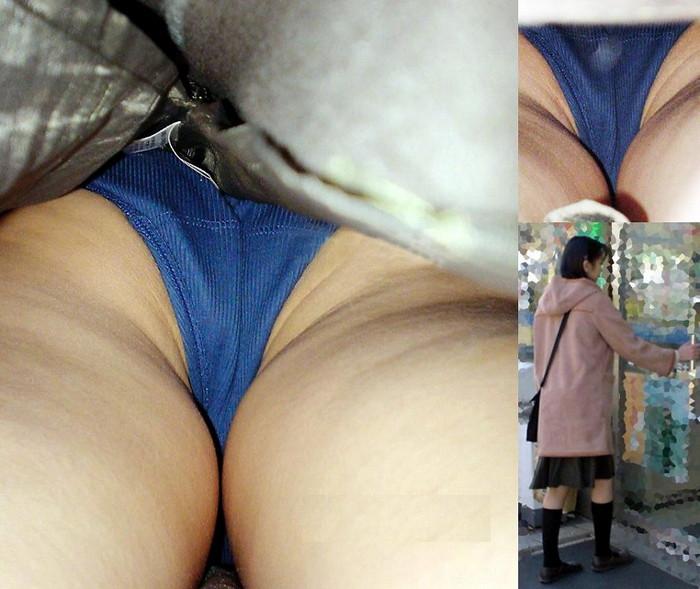 【パンチラ逆さ撮りエロ画像】ありえない角度からのパンチラ盗撮!パンチラ不可避ww 22