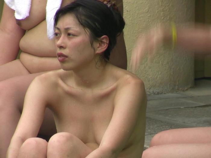 【女風呂エロ画像】一度は見たい!女風呂という男子禁制のエリアwwww 18