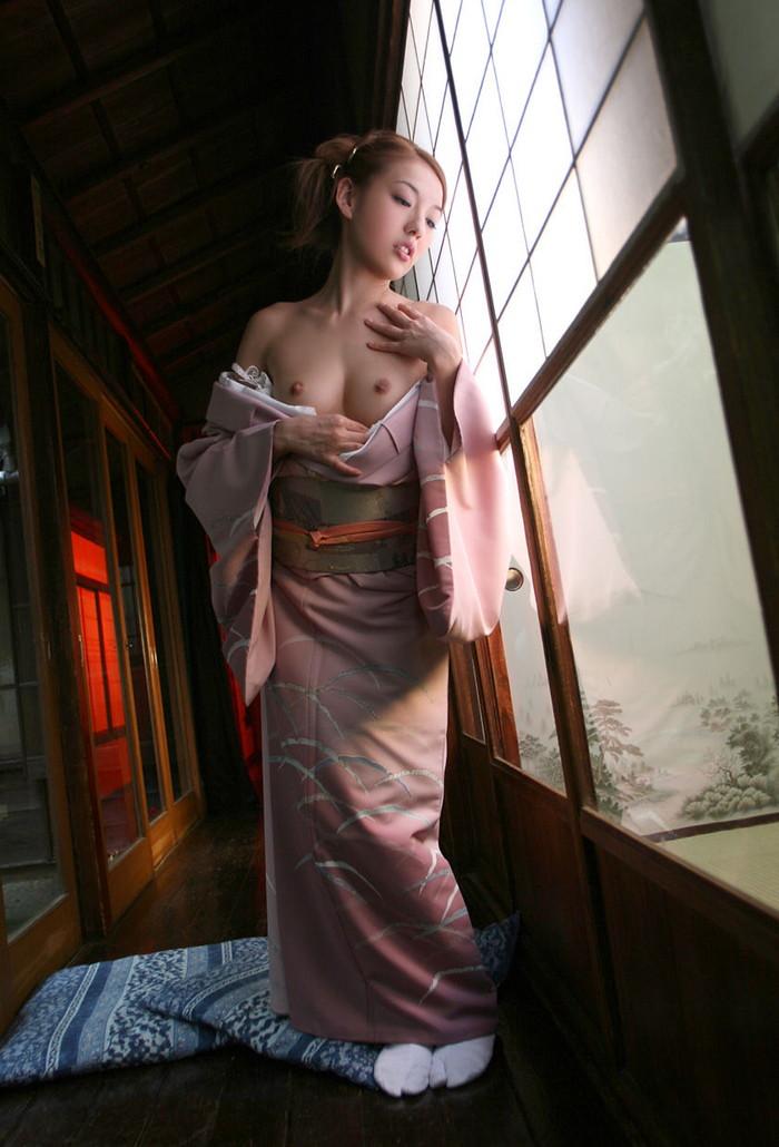【和服エロ画像】新年といえば和服の女の子!和服の女の子のエロ画像集めたったww 09