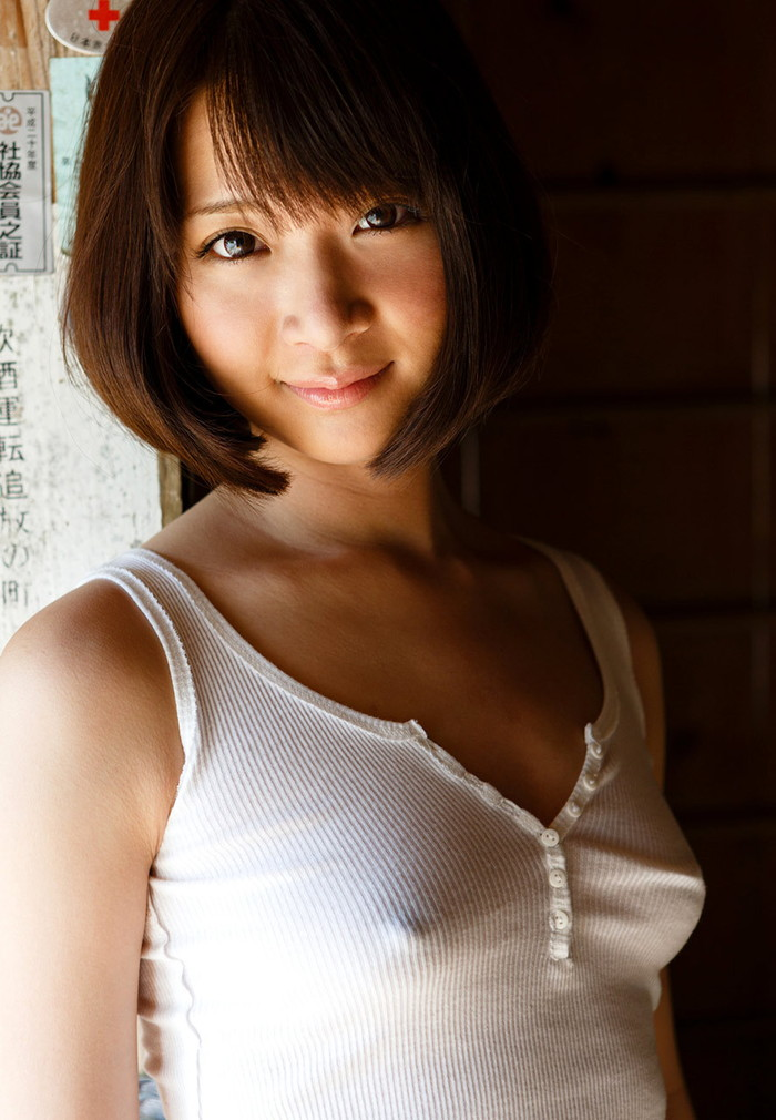 【胸ポチエロ画像】故意か不本意は置いておいて、胸ポチしている女の子の画像集めたったww 21