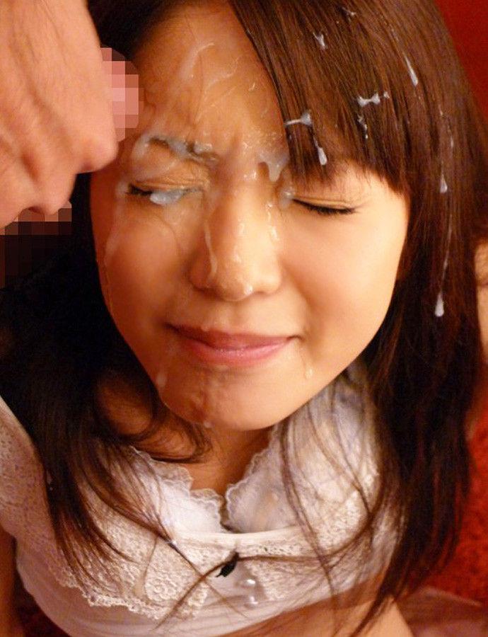 【顔射エロ画像】顔面を精子でドロッドロにされた女の子の表情をご覧ください! 07
