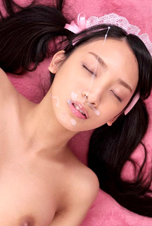 【顔射エロ画像】顔面を精子でドロッドロにされた女の子の表情をご覧ください! 15